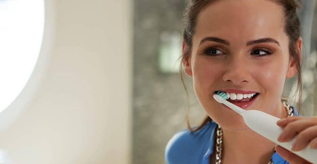 les différentes brossettes pour une brosse à dents électrique